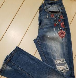 Mudd Vintage Style Floral Skinny Jean's